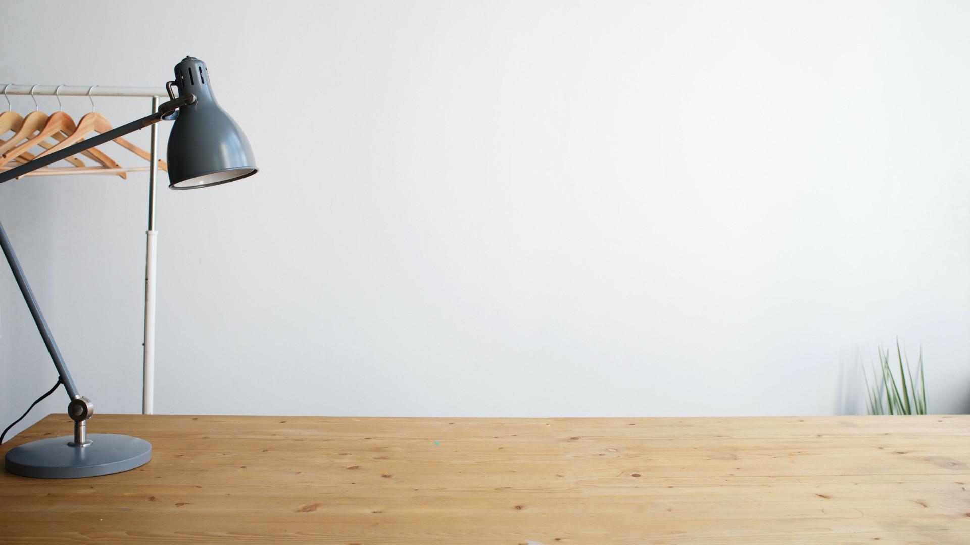 Lamp On Desk - Zoom Virtual Background